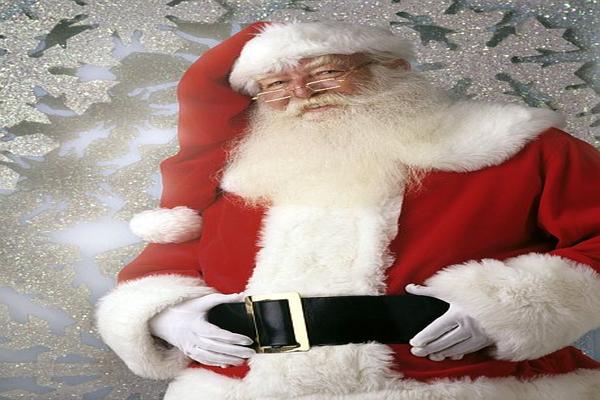 Santa Christmas Tree Trivia - Trend Magazine Online